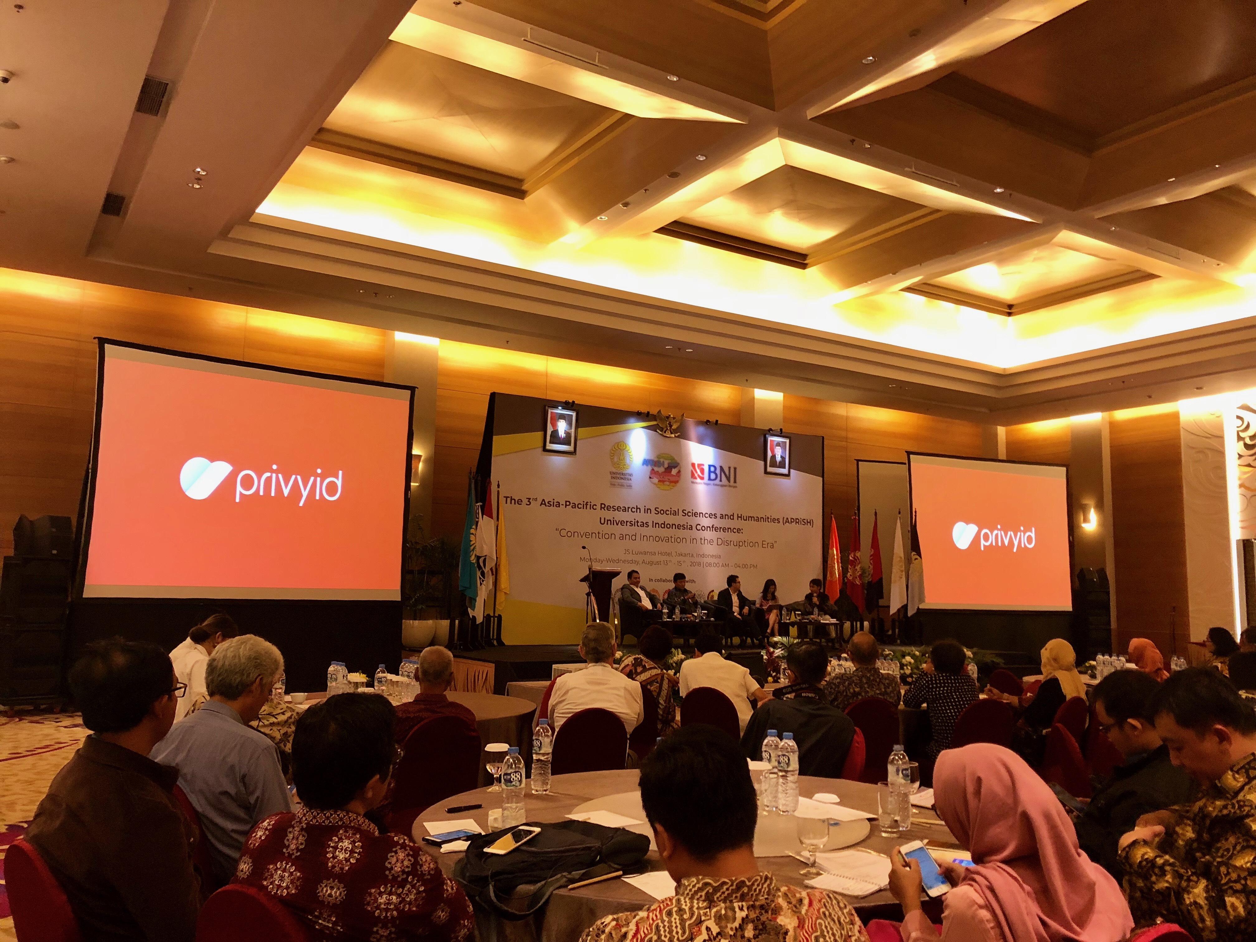 CEO PrivyID Tekankan Pentingnya Tanda Tangan Digital yang Legal di Konferensi Internasional APRiSH