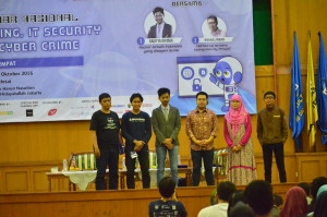 "Seminar Nasional ""Hacking, IT Security, and Cyber Crime"""